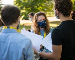 DFJW Jugend Bewegt masqués