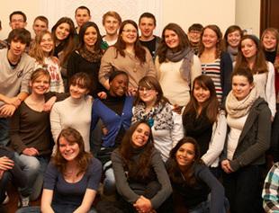 <p>UNE Les jeunes ecrivent l'Europe 2012</p>