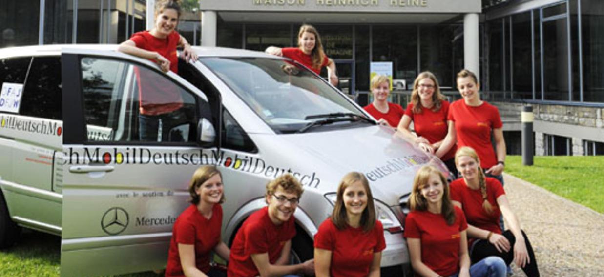 Les dix animateurs du DeutschMobil de l'année scolaire 2013/14