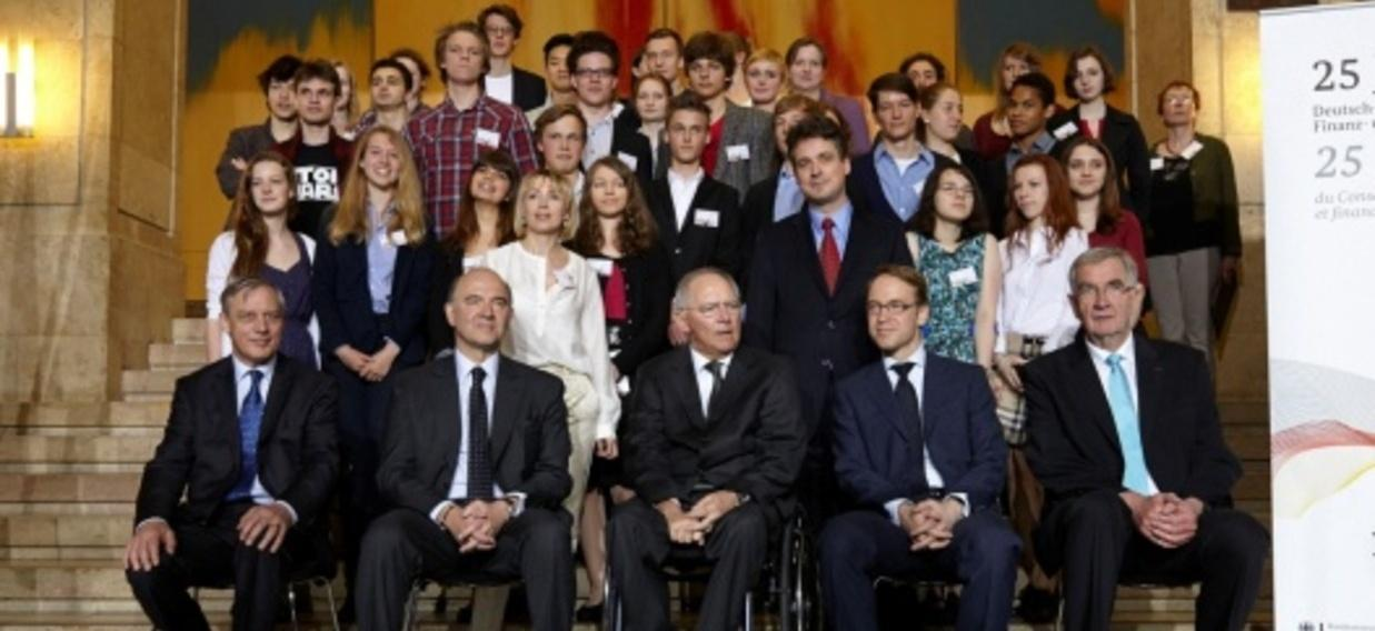 « Y aura-t-il une fiscalité commune ? » : des élèves interrogent Pierre Moscovici et Wolfgang Schäuble lors de la Journée Découverte franco-allemande 2013